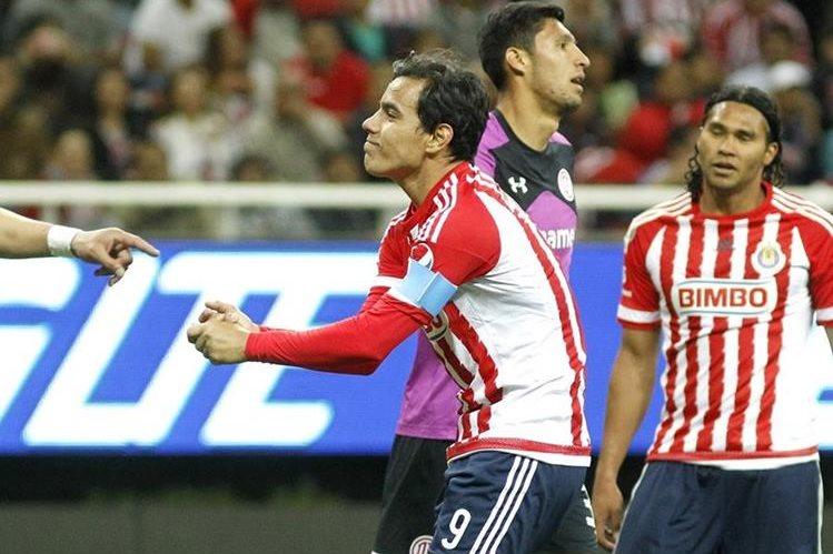 Las chivas tendrán un amistoso de lujo cuando se enfrenten al Arsenal de Inglaterra. (Foto Prensa Libre: AP)