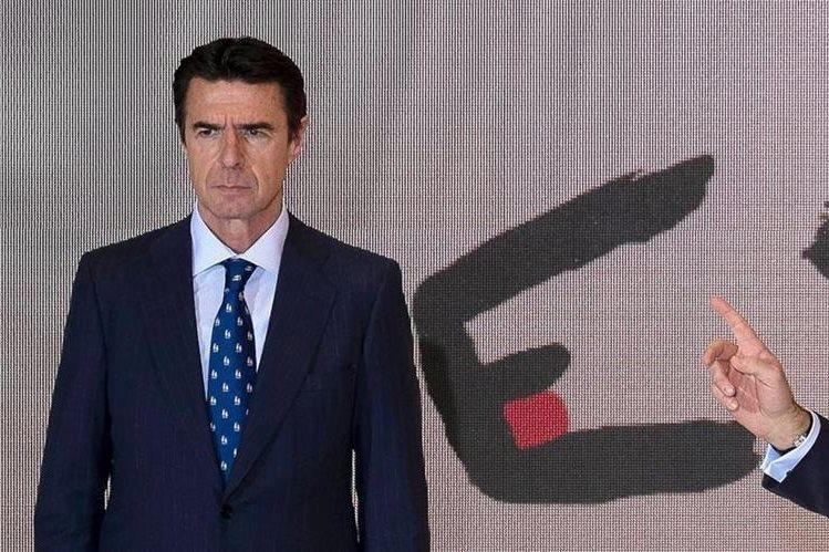 El exministro español José Manuel Soria, durante una actividad pública en enero del 2015. (Foto Prensa Libre: AFP).