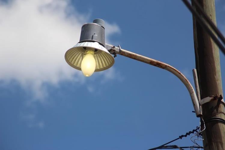 Varias zonas de la capital y departamentos se quedaron sin luz por varios minutos. (Foto Prensa Libre: Hemeroteca PL)
