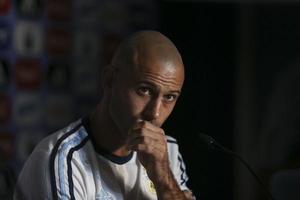 Javier Mascherano está listo para enfrentar a Uruguay y feliz porque estará con su compañero Lionel Messi. (Foto Prensa Libre: EFE)