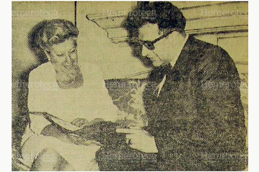Elisa Martínez, de Arévalo, durante una entrevista, en 1967. (Foto: Hemeroteca PL)