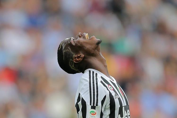 Paul Pogba es la segunda contratación estrella del United junto con Zlatan Ibrahimovic. (Foto Prensa Libre: AFP)
