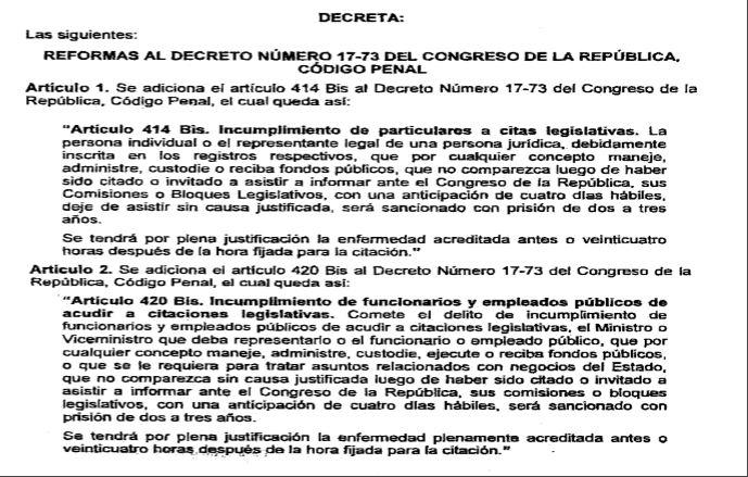Reformas al Código Penal que decretaban cárcel para funcionarios que no acudieran a citaciones al Congreso. (Foto Prensa Libre: DCA).