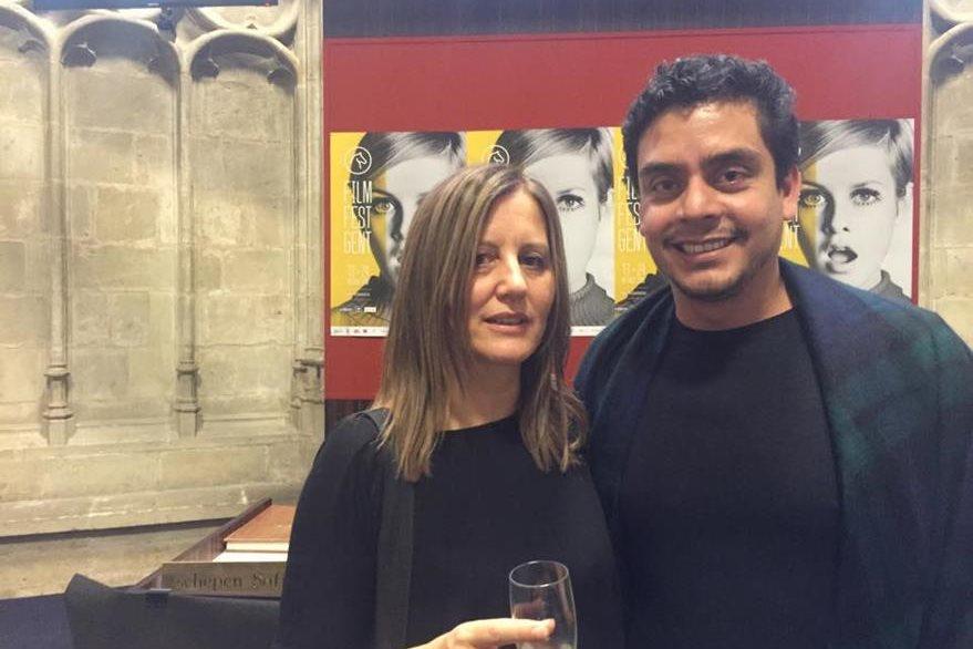 Jayro Bustamante junto a Caroline Strubbe, miembro del jurado y directora de cine belga. (Foto Prensa Libre: Cortesía Jayro Bustamante)