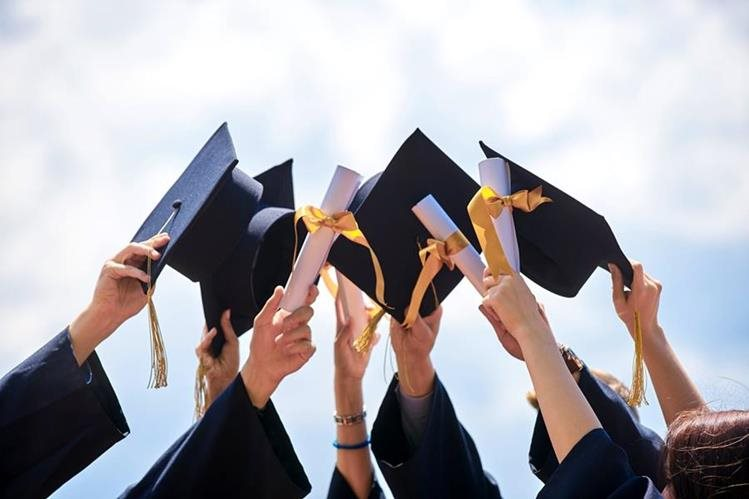 Los actos de graduación deberán hacerse sin gastos extras para los padres. (Foto Prensa Libre: Servicios)