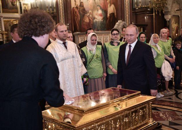 Parece que el presidente Vladimir Putin también cree en los milagros. GETTY IMAGES