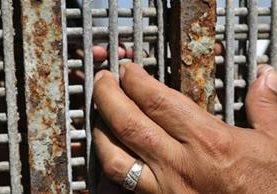 La valla que separa Tijuana de Estados Unidos ha marcado la vida, la identidad y el destino de millones. AFP