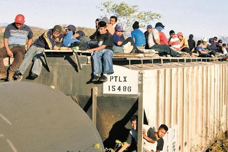 Senadores proponen una ley para recibir refugiados del denominado Triángulo Norte de Centroamérica. (Foto Prensa Libre. Hemeroteca PL)