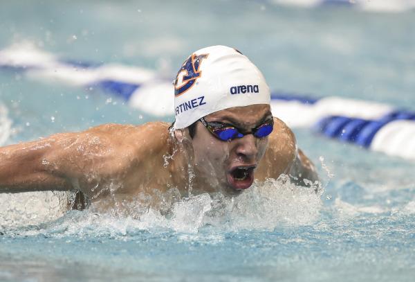 Luis Carlos Martínez que ya está clasificado a Río 2016, ganó tres oros en Alabama, Estados Unidos. (Foto Prensa Libre: Fundación Olímpica).