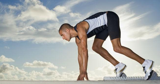Los deportistas responden mejor a desafíos en condiciones elevadas de presión.