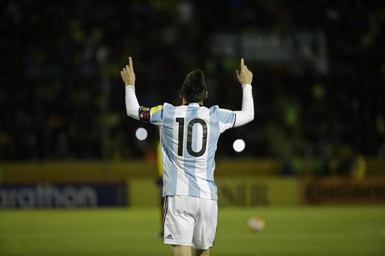 Lionel Messi fue la gran figura de Argentina y le dio el pase a Rusia 2018. (Foto Prensa Libre: AP)
