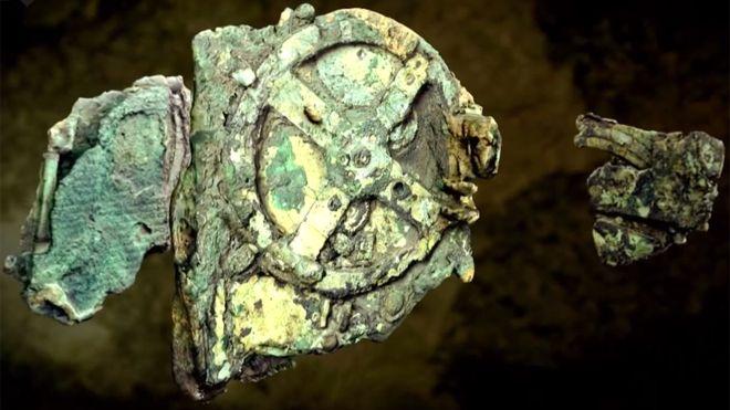 Frágil, intrigante y repleto de sorpresas: item 15.087 del Museo Arqueológico Nacional en Atenas.