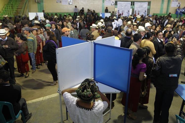 El TSE fijó el padrón electoral en 7 millones 556 mil votantes. (Foto Prensa Libre: Hemeroteca PL)