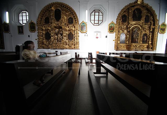 Los retablos barrocos contrastan con el interior neoclásico arquitectónico del templo.  (Foto: Hemeroteca PL)