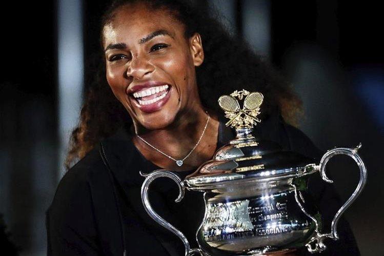 Serena Williams sigue siendo de las tenistas más temidas y respetadas a nivel mundial. (Foto Prensa Libre: EFE)