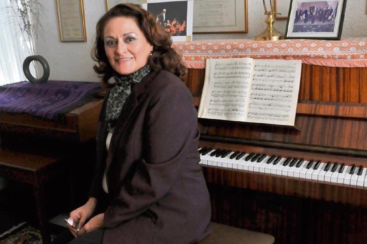 Más de 14 años lleva Altamira promoviendo la música barroca. (Foto Prensa Libre: Yadira Montes )