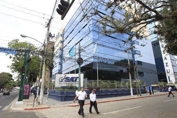 Autoridades investigan a empresas por anomalías en sus declaraciones tributarias.