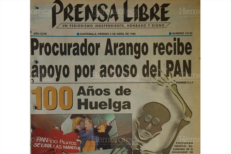 Portada de Prensa Libre del 3/4/1998 sobre los cien años de la Huelga de Dolores. (Foto: Hemeroteca PL)