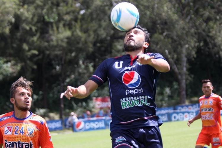 Carlos Kamiani Félix es el goleador del Clausura 2016. (Foto Prensa Libre: Hemeroteca PL)