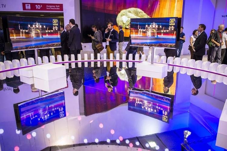 Aspecto de la feria tecnológica de Berlín, considerada una de las más importantes del mundo. (PL-AFP)