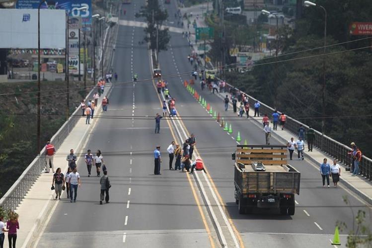 El puente Belice será cerrado al tránsito vehicular durante los sábados de noviembre. (Foto Prensa Libre: Hemeroteca PL)