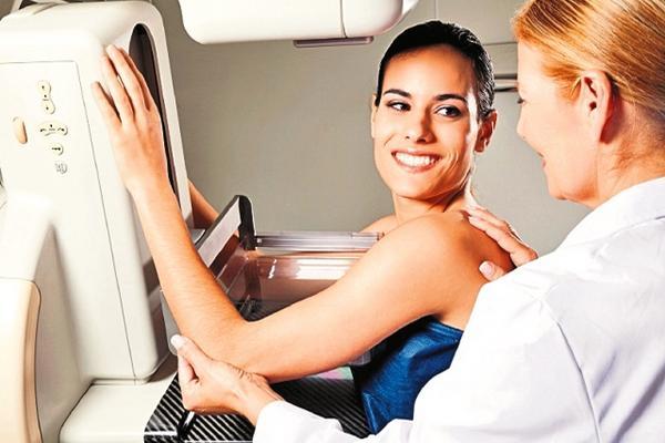 """<p>La mamografía es un examen recomendado para detectar el cáncer de mama. (Foto Prensa Libre: Archivo)</p><p><br _mce_bogus=""""1""""></p>"""