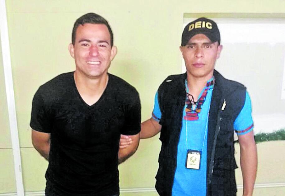 Pappa recibió cientos de críticas por haber sonreído cuando fue capturado por la Policía Nacional Civil. (Foto Prensa Libre: Hemeroteca)