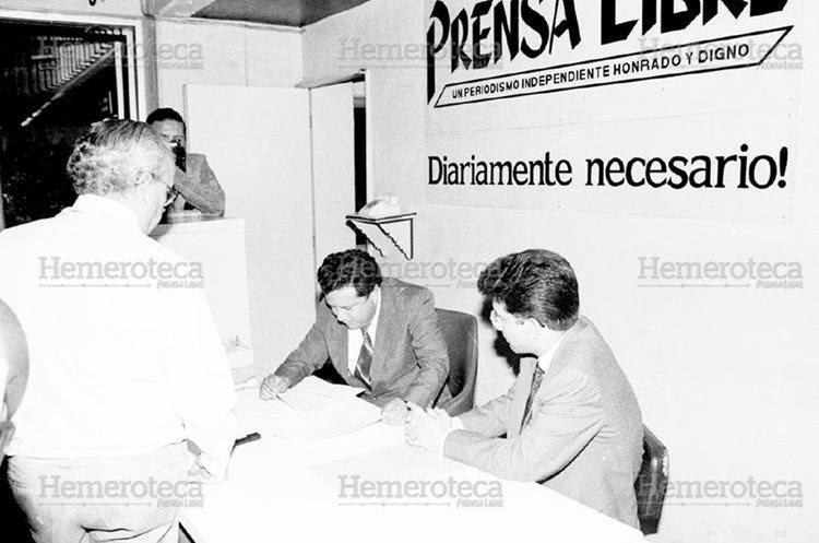 El gobierno de Serrano durante el autogolpe envió a Censores a este Diario en 1993 quienes fueron rechazados. (Foto Hemeroteca PL)