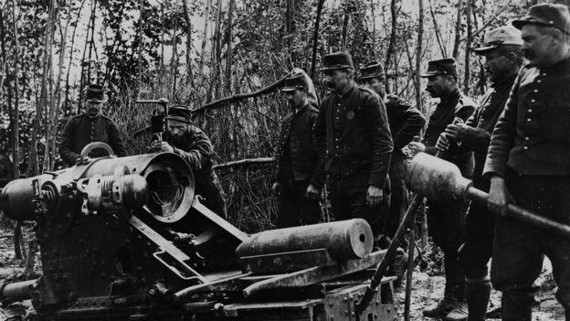 Después, la I Guerra Mundial provocó un éxodo de hombres, lo que habría motivado a la relatora a escribir su historia. GETTY IMAGES