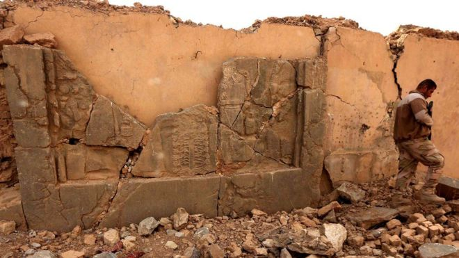 EI destruyó numerosos lugares arqueológicos en Mosul. GETTY IMAGES