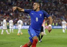 Payet, delantero de Francia, marcó el gol que sepultó a los albanos. (Foto Prensa Libre: AP)