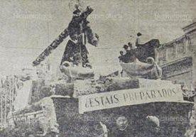Imagenes de las procesiones de Semana Santa de la década de los años 70.