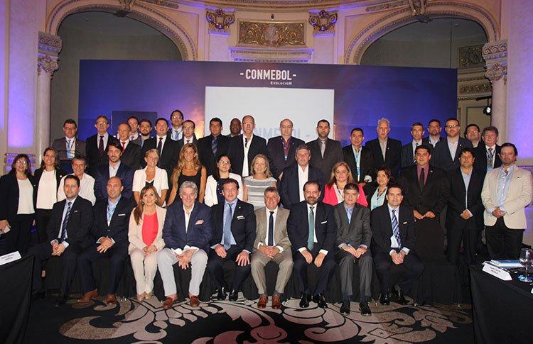Conmebol presentó el programa Evolución. (Foto Prensa Libre: Twitter Conmebol)