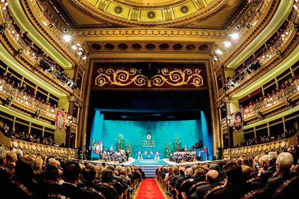 España se prepara para dar a conocer el ganador del premio Princesa de Asturias. (Foto Prensa Libre: AFP)