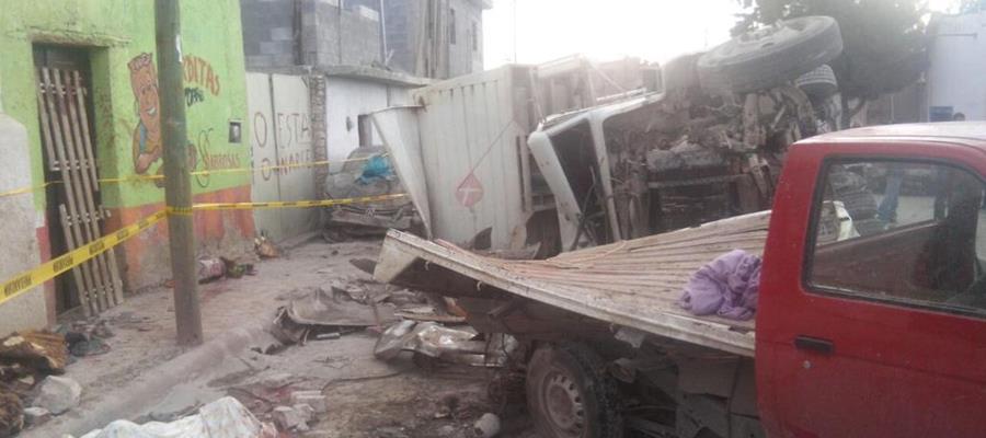 Camión que embistió al grupo de peregrinos en Zacatecas. (Foto: Prensa Libre: Cuartoscuro)