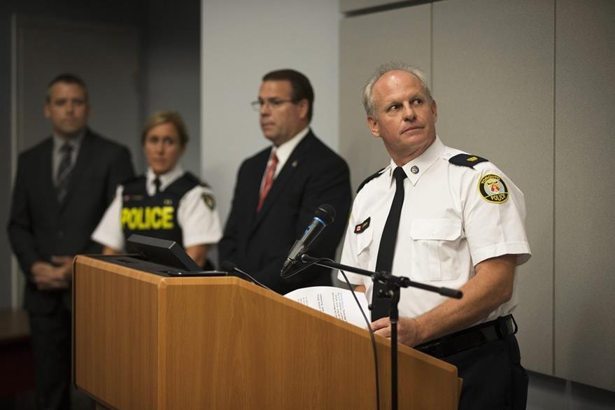 La policía canadiense investiga este lunes dos suicidios que podrían estar vinculados a la masiva divulgación. (Foto Prensa Libre: AP).