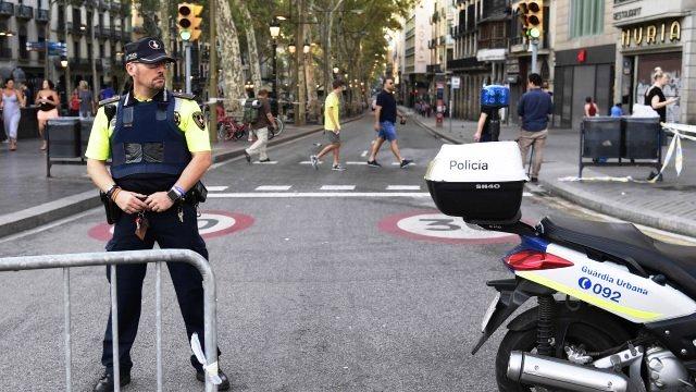 La policía turca mató a un miembro del Estado Islámico, grupo que se atribuyó los atentados en las Ramblas, Barcelona. (Foto Prensa Libre AFP)