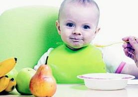 Es importante seguir las indicaciones del pediatra respecto de la preparación de las papillas. (Foto Prensa Libre: Hemeroteca PL)