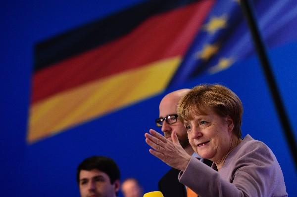 Ángela Merkel fue reelegida como presidenta de la Unión Cristianodemócrata. (AP).