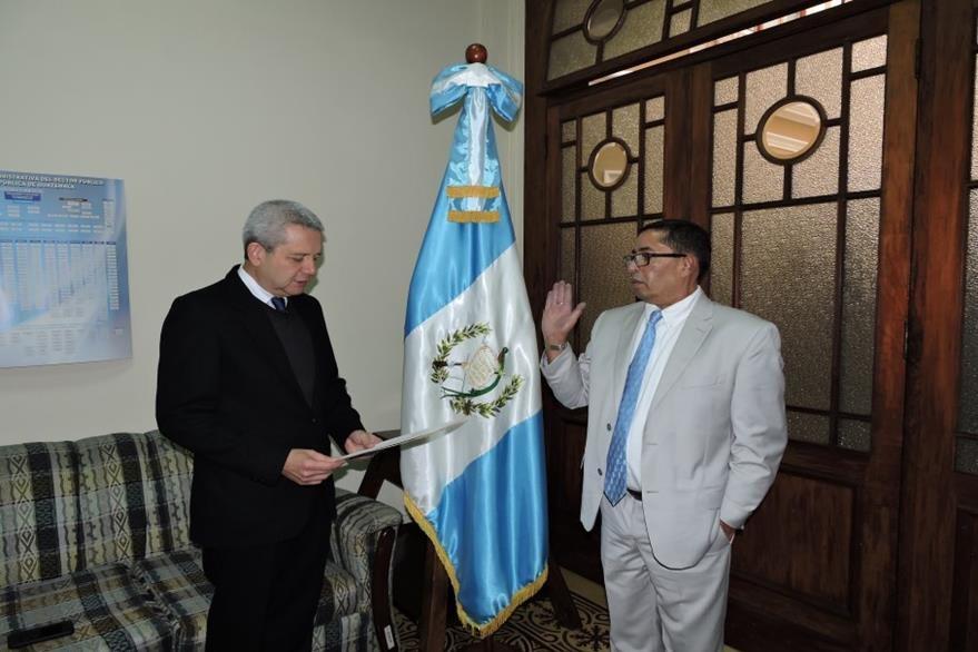 Flores Ramírez fue juramentado como secretario el pasado 25 de enero último. (Foto Prensa Libre: Gobierno de Guatemala)
