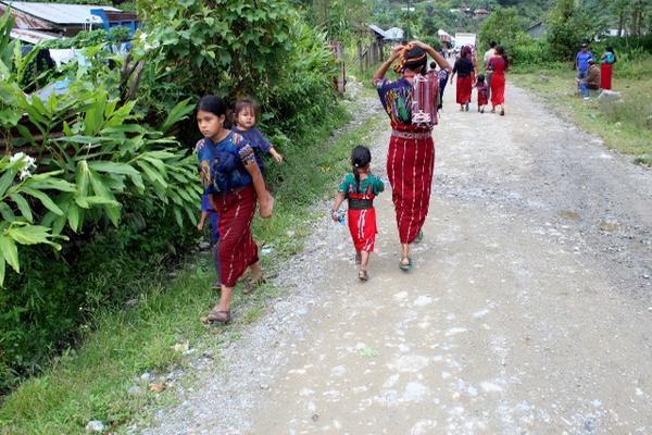 <p>Joyabaj, Chiché, y el cantón Chupol, Chichicastenango, Quiché, son afectados por embarazos en menores. (Foto Prensa Libre: Óscar Figueroa)</p>