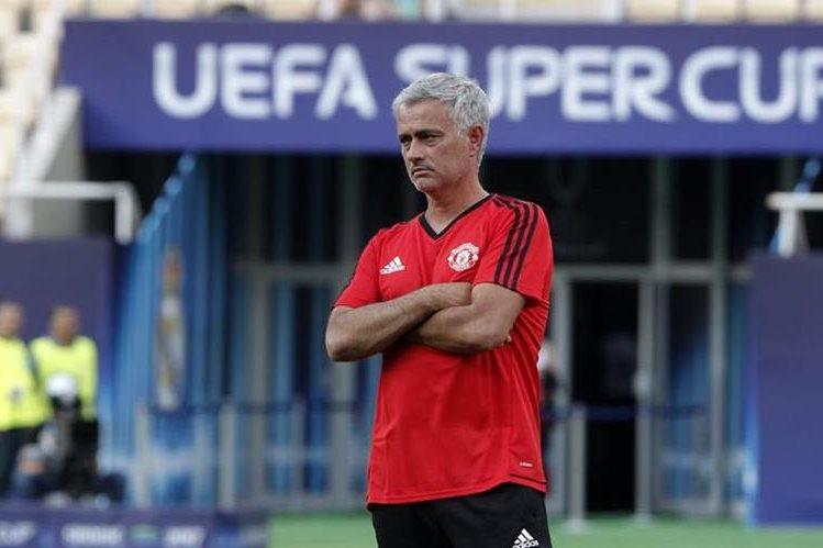 José Mourinho no pierde la esperanza de tener en su plantilla a Gareth Bale. (Foto Prensa Libre: AP)