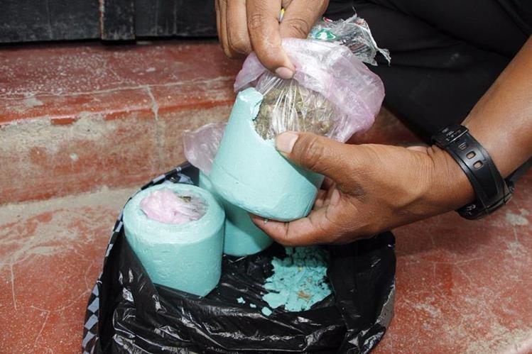La droga incautada a Santos Jiménez Cruz estaba oculta entre jabones. (Foto Prensa Libre: Cortesía PNC)