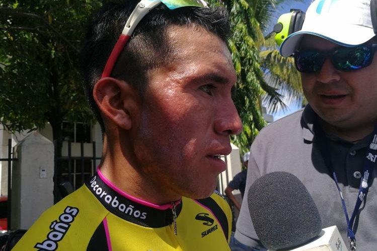 El ciclista de Tecpán, Nervin Jiatz, de Decorabaños, fue el gran protagonista de la primera etapa. (Foto Prensa Libre: Francisco Sánchez)