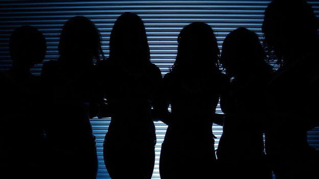 Muchas mujeres ni siquiera comparten con sus familias que se someterán a una operación. (Foto Prensa Libre: Getty Images)
