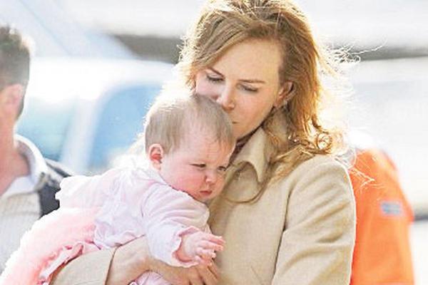<p>La primera hija biológica que la actriz Nicole Kidman tuvo con Keith Urban, fue llamada Sunday Rose, que traducido al español sería: rosa de domingo. (Foto Prensa Libre: Archivo)</p>