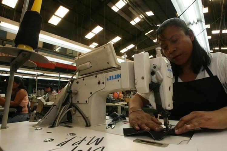 El sector de vestuario y textiles lidera las exportaciones de Guatemala.(Foto Prensa Libre: Hemeroteca PL)