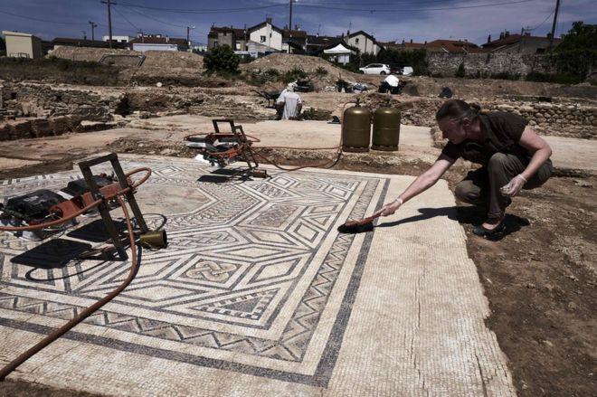 El nivel de conservación de las ruinas ha sorprendido a los arqueólogos. AFP