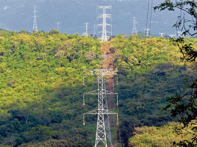 La intención es crear en el país redes en forma de anillos para mejorar transmisión de energía.(Foto Prensa Libre: Cortesía)