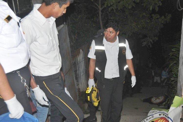 Lugar donde ocurrió el doble crimen, en Colomba. (Foto Prensa Libre: Alexánder Coyoy).